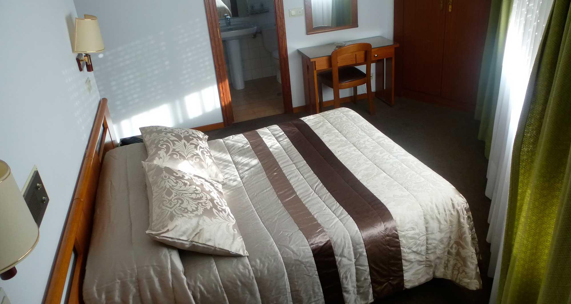 Hostal Palas- A Coruña-habitación doble